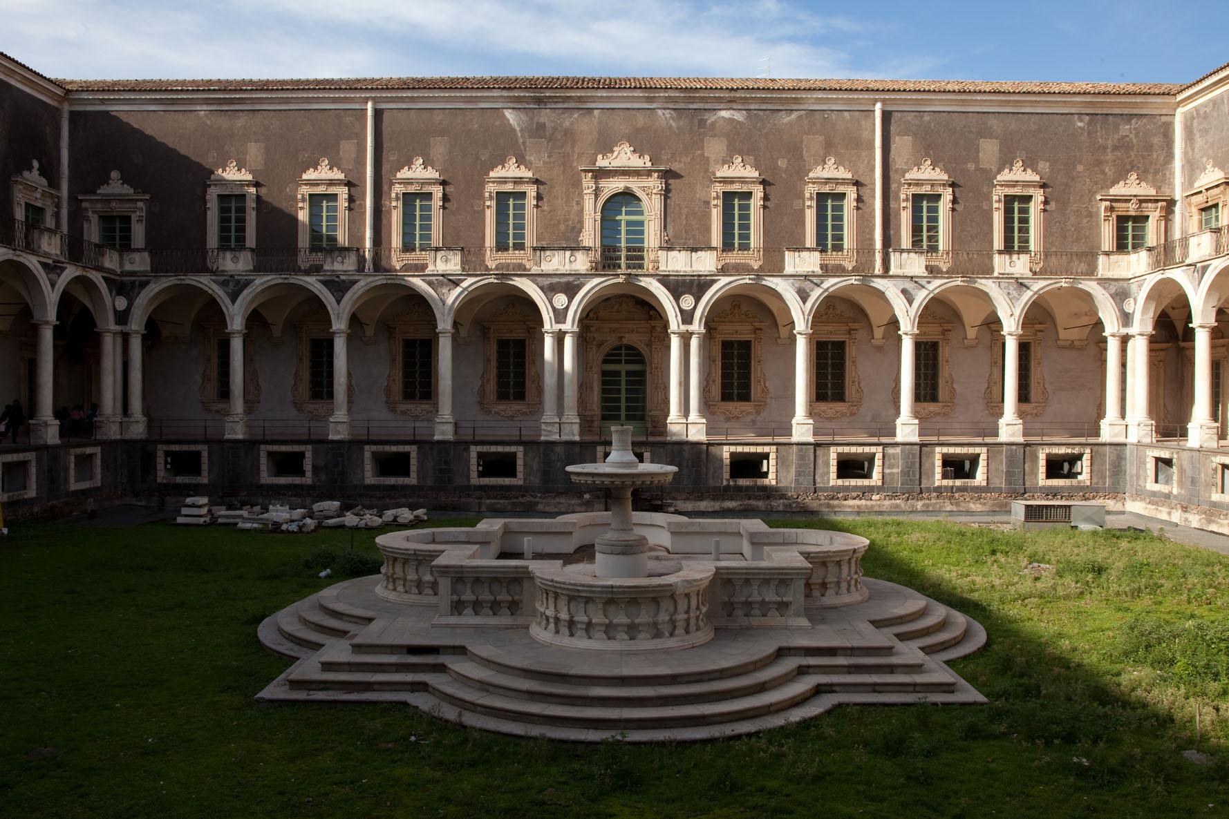 Monastero dei Benedettini Catania: 500 anni di storia da visitare