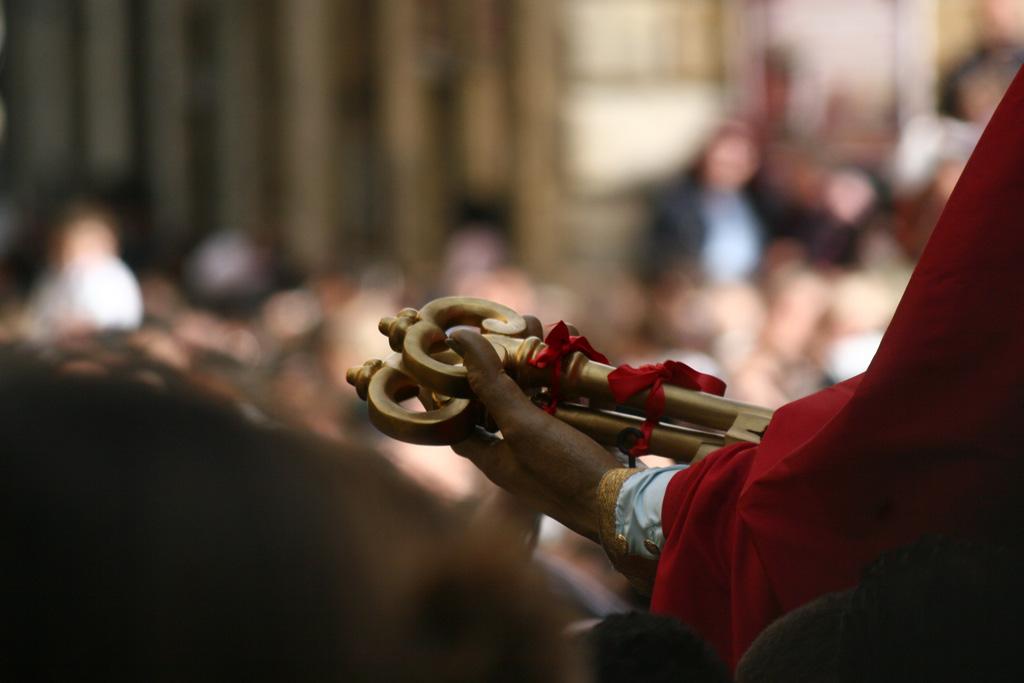 Pasqua a Caltagirone tra fede, folklore e tradizione