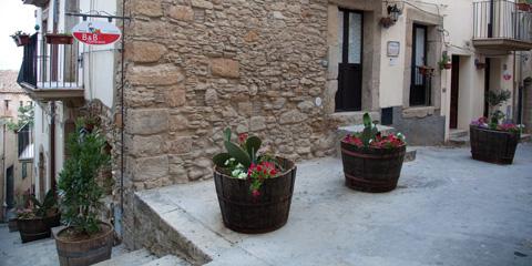 La tua vacanza tra i Carruggi di Caltagirone