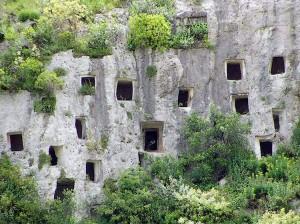Le grotte di Pantalica