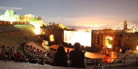 TaorminaFilmFest 59. Il grande cinema al Teatro Antico.