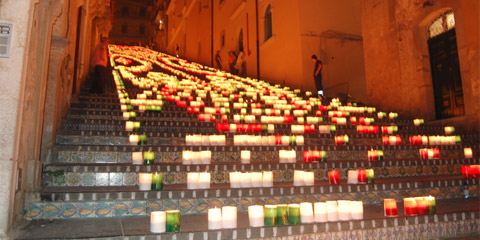 A Caltagirone spettacolo di luci e colori in onore di San Giacomo